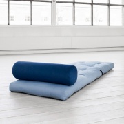 slaapfauteuil-wrap-blauw-liggend
