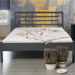 metalen bed lia