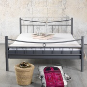metalen bed lilly