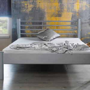 metalen bed mia